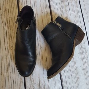 Kensie Gabrierlla Black Leather Booties Size 6.5